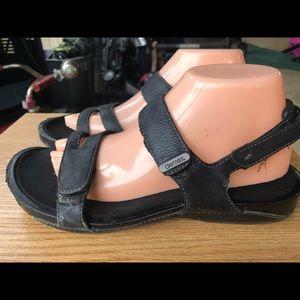 Aetrex Women's Black Leather Sandals Size 8.5A